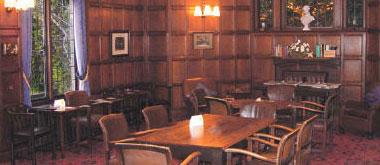 Cheyne Walk Club Bar